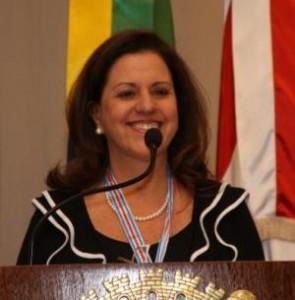 Movimento Sistêmica Medalha Joana de Gusmão Psicóloga Telma Lenzi